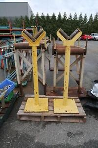 V Shaped Roller Stands