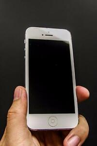 iPhone 5 32 GB Chatr-- Buy from Canada's biggest iPhone reseller