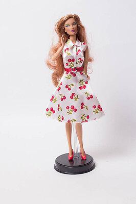 Integrity Toys Doll Puppe Sammler Puppe Collector Kirschkleid