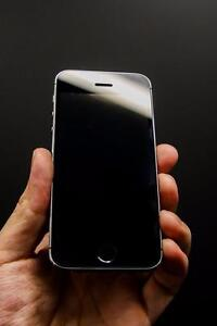 iPhone 5S 32 GB Unlocked-- Buy from Canada's biggest iPhone resell