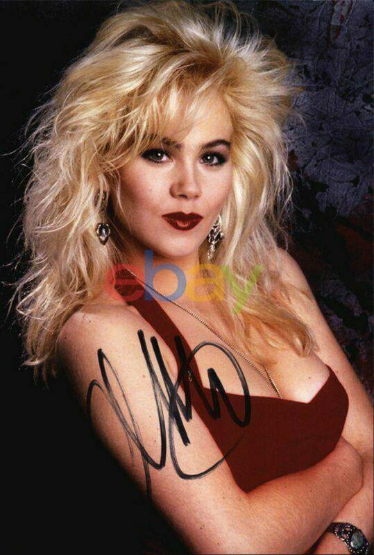 Christina Applegate signed celebrity 8x10 photo Autographed reprint