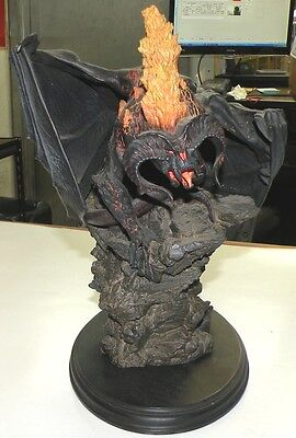 Balrog Flame of Udun statue Lord of the Rings by Sideshow WETA  BROKEN AS IS