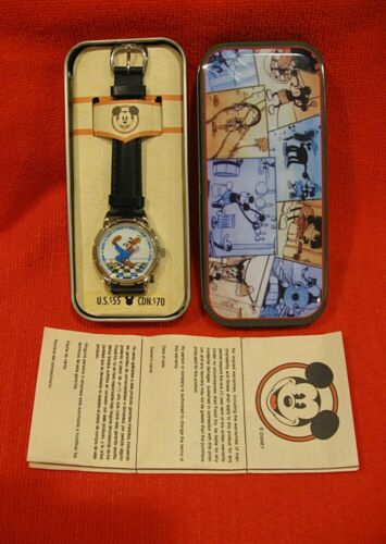 NIP DISNEY GRAND DADDY OF ALL GOOFY WATCHES CHECKERED FLOOR NEW IN TIN