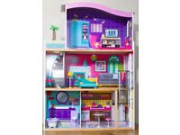 Large Dolls House