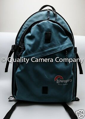 "Lowepro Photo Trekker Green Backpack (19X12X5.5"") (LWH)"