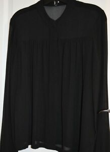Aritzia WILFRED 100% Silk Blouse Black Size x-small Brand New