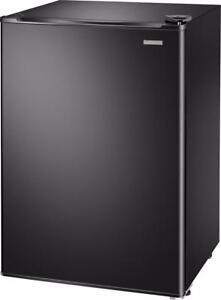 Insignia - 2.6 Cu. Ft. Mini Fridge - Black - Small Refrigerator