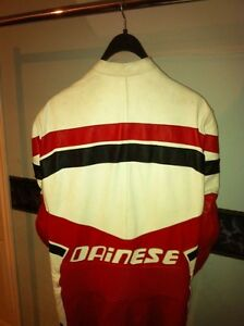 40% OFF DAINESE RACIND SUIT SIZE 40 Windsor Region Ontario image 7