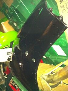 KAWASAKI ZX7 1993 LOWER IN VERY GOOD CONDITION Windsor Region Ontario image 2