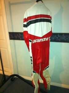 40% OFF DAINESE RACIND SUIT SIZE 40 Windsor Region Ontario image 6
