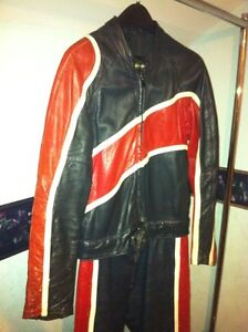 TWO PIECE TAURUS MOTOTCYCLE RACING SUIT SIZE 36-38 Windsor Region Ontario image 3