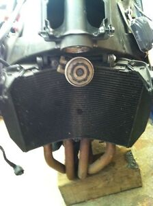 PARTING OUT A COMPLETE HONDA CBR600RR 08 Windsor Region Ontario image 4