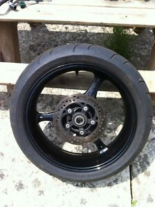 SUZUKI GSXR750 06 STOCK REAR WHEEL WITH DISK
