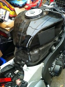 PARTING OUT A COMPLETE HONDA CBR600RR 08 Windsor Region Ontario image 9