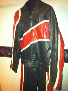 TWO PIECE TAURUS MOTOTCYCLE RACING SUIT SIZE 36-38 Windsor Region Ontario image 4