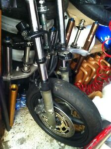 PARTING OUT 2 HONDA CBR600F4i TONS OF PARTS ARE AVAILABLE Windsor Region Ontario image 1