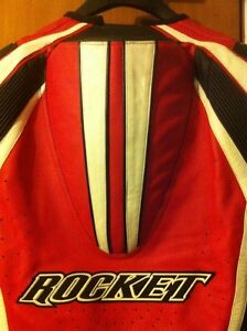 PROFESSIONAL JOE ROCKET ONE PIECE PACING SUIT WITH THE HUMP Windsor Region Ontario image 10