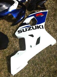SUZUKI GSXR750 04-05 FULL SET OF STOCK BODY WORK