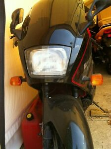 NINJA 750 KAWASAKI 87-88 WITH ONLY 23000 KMS PARTING IT OUT Windsor Region Ontario image 6