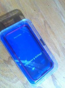 iPhone 4 Purple Metal Case Edmonton Edmonton Area image 2
