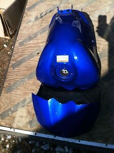 YAMAHA R1 07-08 GAS TANK AND COVER Windsor Region Ontario image 1