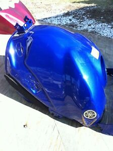 YAMAHA R1 07-08 GAS TANK AND COVER Windsor Region Ontario image 6