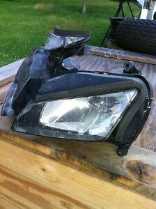Honda CBR1000RR 04-05 stock headlight Windsor Region Ontario image 3