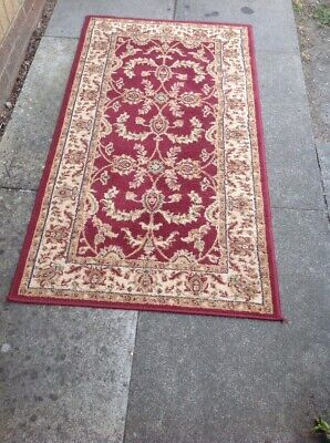 Dunelm Legacy Rug In Good Condition 59.5 X 32 Inches