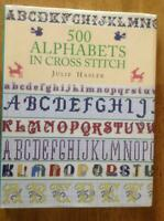Livre 500 Alphabets in Cross Stitch