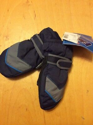 NWT Children Place gloves large 2-4 years N21