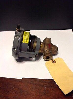 Johnson Controls V-3000-1 Diaphragm Actuator 12 Valve V-3974-1002