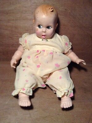 "Vintage 1970 Gerber 17"" Baby Doll w Flirty Google Eyes (move side to side)"