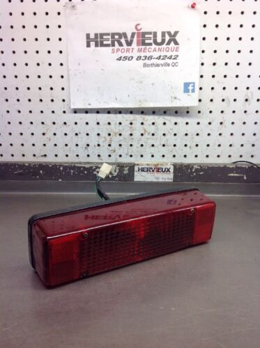 Yamaha V-max 500-800 93-99 Exiter 87-91 Complete Taillight 6101903A