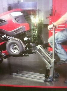 NEW ATV TRACTOR LIFT STILL IN THE BOX 300LBS Windsor Region Ontario image 2