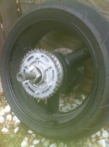 SUZUKI HAYABUSA FRONT AND REAR RIM WITH MICHELINE 2CT TIRES