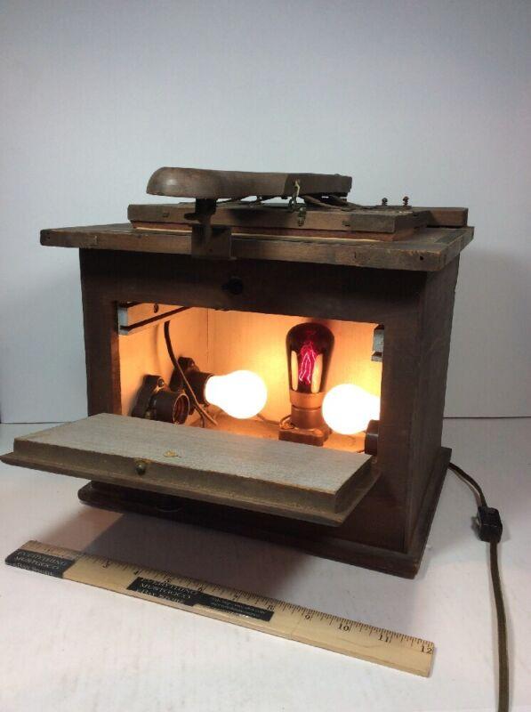 Antique Wood FILM CONTACT PRINTER BOX FRAME PHOTOGRAPHY DEVELOPMENT LIGHT LAMP