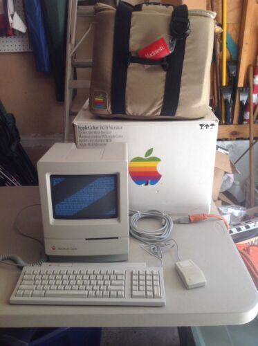 Apple Macintosh Classic  Computer, Mo420 Carry Case, Vintage Apple Box