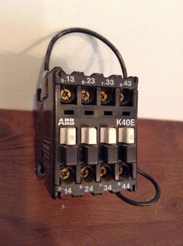 ABB K40E CONTACTOR 10A 600V AWG10-18cu str 110/120 VAC COIL with Electrocube Cap