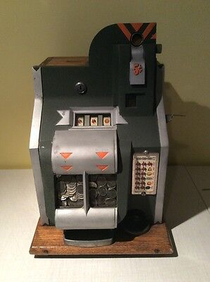 Antique 1930's Mills Q.T. 5 Cent Slot Machine Mills Novelty Co Original Machine