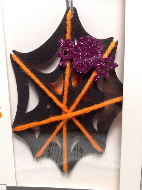 Lot of 2, NEW Make your own Foam Yarn Spider Webs Halloween Party Class Makes 20