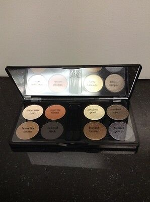 Your Best Friend Empowering Eight Eye Shadows Day-To-Day Basics & Precious