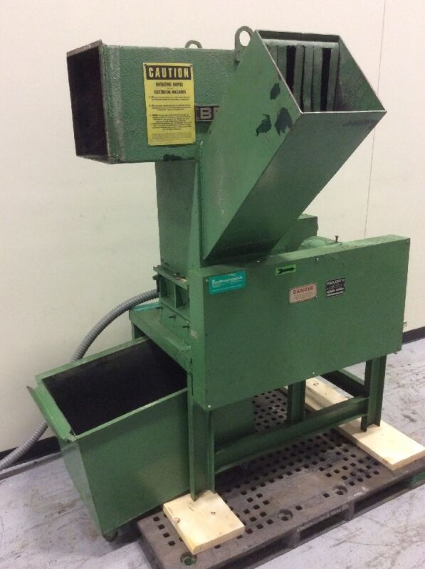 BELOIT MD1212 PLASTIC GRANULATOR 10HP 208V