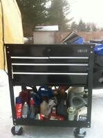 NEW TOOL CART WITH 4 DRAWERS STILL IN THE BOX
