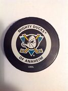 NHL Official Game Puck