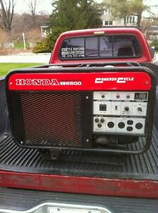 COMMERCIAL HONDA ELECTRIC START ES6500 GENERATOR WITH LOW HOURS