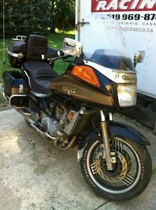 PARTING OUT YAMAHA VENTURE ROYALE 1986 WITH TITLE