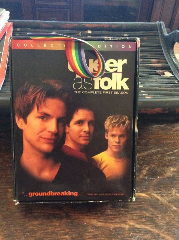 QUEER AS FOLK COMPLETE FIRST SEASON COLLECTORS EDITION  6 Disc  DVD 3 EXTRA HOUR