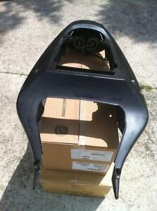 SUZUKI GSXR1000 01-02 TAIL SECTION TAIL LIGHT AND SOLO SEAT Windsor Region Ontario image 3