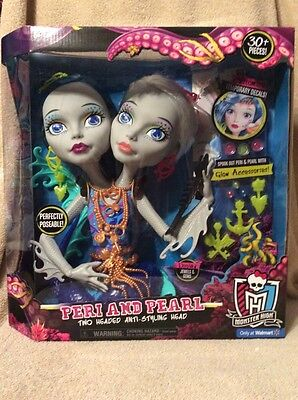 Monster High Peri and Pearl Styling Head