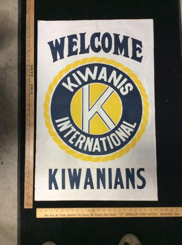 Kiwanians International Welcome Flag Large Vintage FREE SHIPPING  INV-C187